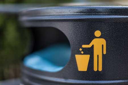 Mülleimer zum entsorgen von Abfall